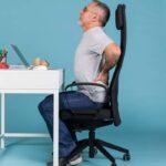 ¿Cómo sentarse correctamente y evitar los dolores?