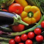 Diferencias entre vegetarianos, veganos y crudiveganos